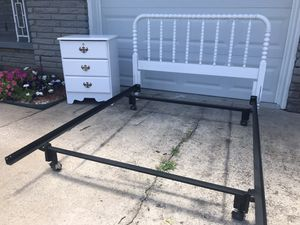 Nice Full or Queen Size Bedroom Set for Sale in Tulsa, OK