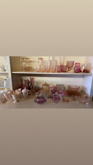 Antique/Vintage Glass collectors Dream! Tons of glassware for sale! for Sale in Claude, TX