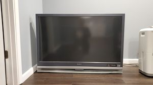 50 inch Sony LCD TV with Remote for Sale in Brunswick, OH