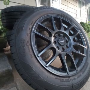LIKE NEW racing tires 195/60R15 BLACK for Sale in Beaverton, OR