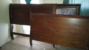 Queen sized sleigh bed head and foot board only for Sale in Auburndale, FL