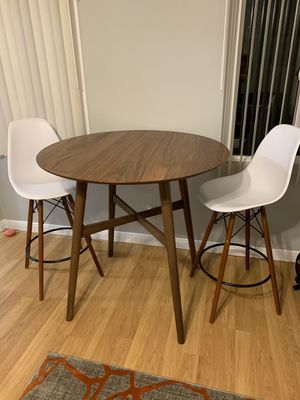 AllModern Table/Chairs Set for Sale in San Diego, CA
