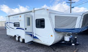 2010 Jayco JayFeather hybrid camper trailer for Sale in Mesa, AZ