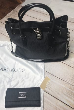 Micheal Kors bag and wallet for Sale in Pittsburgh, PA
