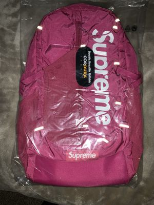 Supreme SS17 backpack magenta for Sale in Naperville, IL