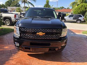 2014 Silverado for Sale in Miami Gardens, FL