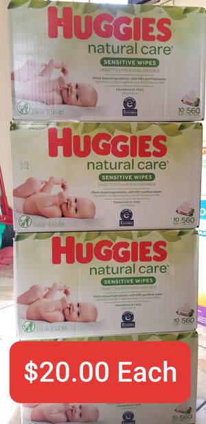 Huggies Natural Care Baby Wipes 10 bags of 56 wipes for Sale in South Gate, CA