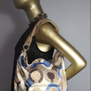 Authentic Coach Kristin Outline hobo bag for Sale in Chicago, IL