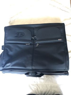 Tumi garment bag in beautiful condition. Mighty ducks logo for Sale in Scottsdale, AZ