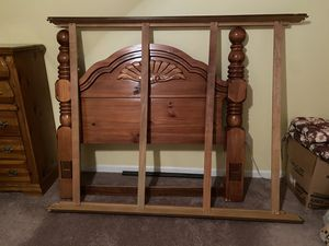 3 pieces bedroom set for Sale in Camp Hill, PA
