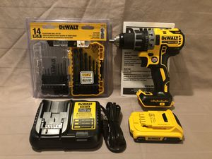 Brand new never used Dewalt XR 20V brushless drill driver tool set & 14 piece drill bit set for Sale in Vacaville, CA