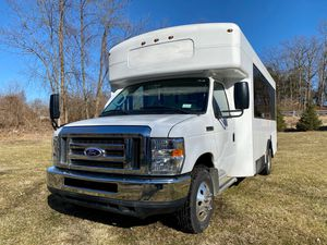 2014 Ford E-450 Shuttle Bus Rv for Sale in Hackettstown, NJ