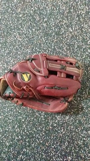 Vinci BR46 Mens Softball Glove for Sale in Fort Lupton, CO