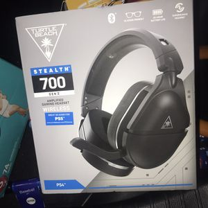 Turtle Beache Stealth 700 Wireless Gaming Headset (PlayStation ) for Sale in Chula Vista, CA