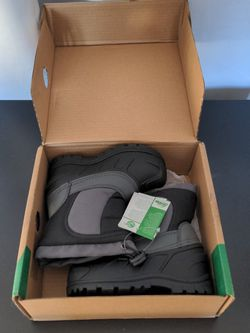 Brand New Boy Snow Boots for Sale in New York,  NY