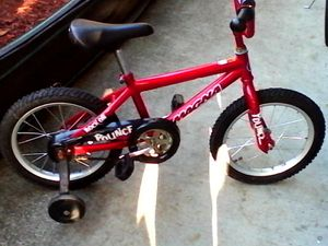 16 in kids bmx for Sale in Tacoma, WA