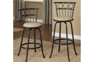 Counter // bar stool for Sale in Riverside, CA