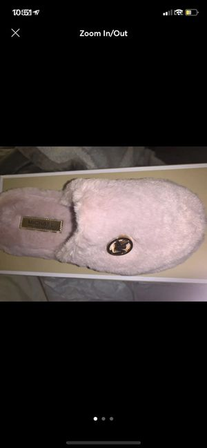 Michael kors slippers for Sale in Salem, OR