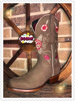 BOTAS PARA DAMA 🌹🌹🌹 WOMENS BOOTS for Sale in Dallas, TX