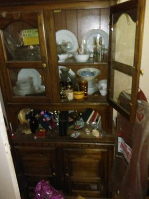 Antique china cabinet and curio for Sale in Salt Lake City, UT