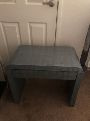 Nightstand /end table for Sale in Las Vegas, NV