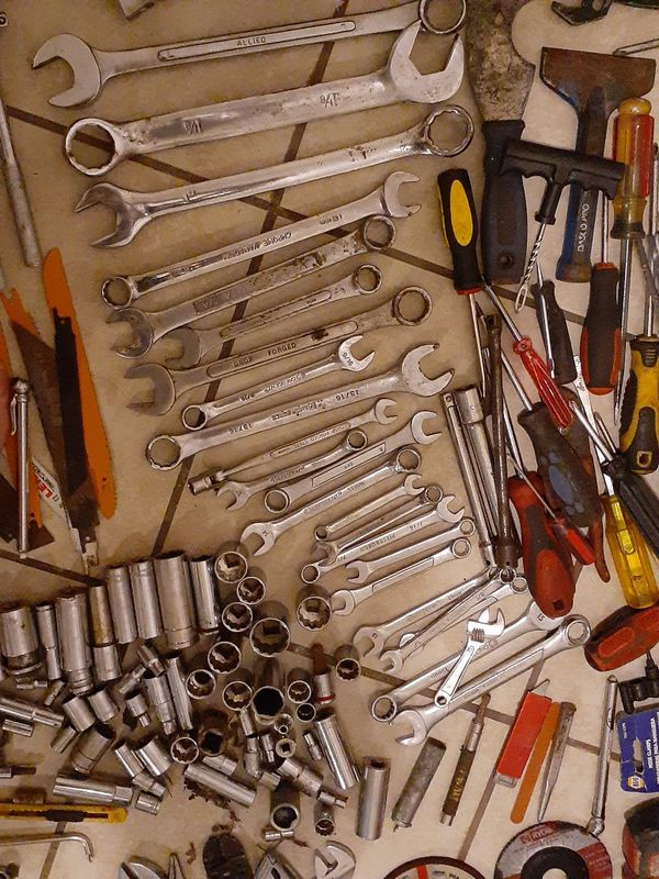 TONS OF TOOLS!!!!
