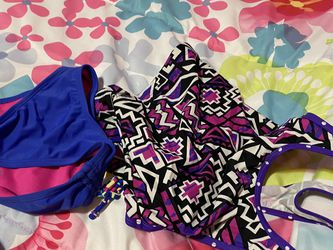 Swimming Costume Age 6 to 8 Years for Sale in Tigard,  OR