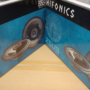 Hifonics (total 2 pairs) hifonics 6.5 inch 3 way 300 watts car speakers brand new for Sale in Downey, CA