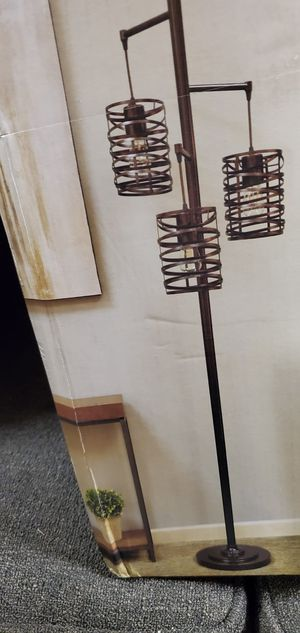 METAL. FLOOR. LAMP. NEW for Sale in Tumwater, WA