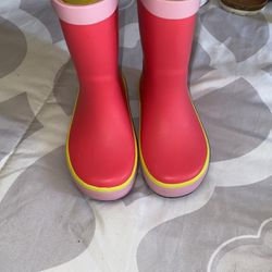 Super Cute Rain Boots Size 6C for Sale in Hollywood,  FL