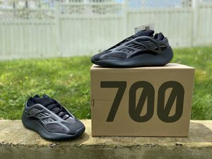 """Yeezy 700 """"Alvah"""" for Sale in Clinton, MD"""