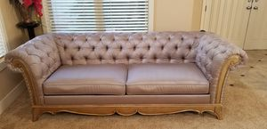 Beautiful sofa, love seat and table set for Sale in Gresham, OR