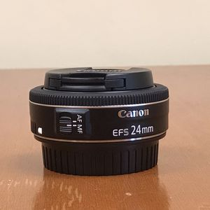 Canon EF-S 24mm f/2.8 STM for Sale in Burbank, CA
