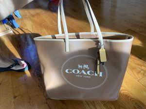 Real Brown Coach Bag for Sale in Brookfield, WI