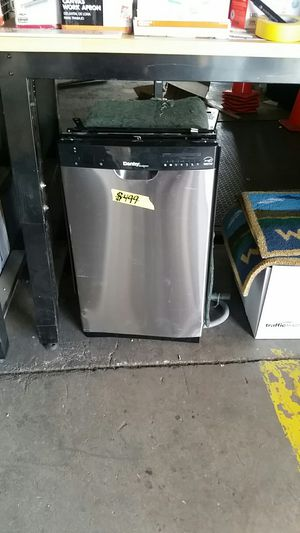 "DANBY 24"" Front Control Dishwasher for Sale in Phoenix, AZ"