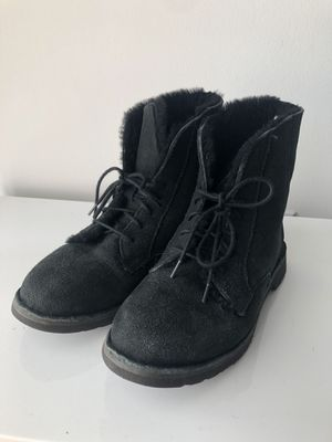 UGG Black Boots - US 8 1/2 for Sale in Miami, FL