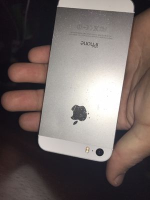 iphone 5s for Sale in Waterbury, CT