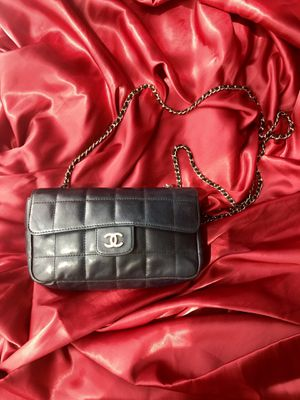 CHANEL flap bag for Sale in Upland, CA