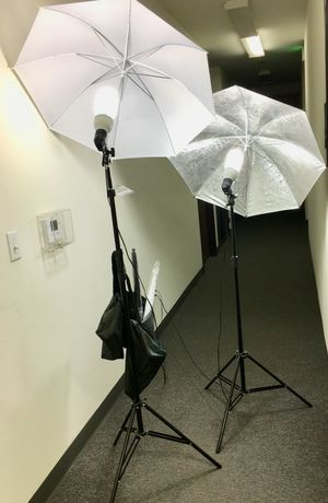 Brand new 4 umbrellas photo photography studio fluorescent lights height adjustable stand kit for Sale in Whittier, CA