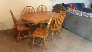 Dinning Table full set of 6 chairs. for Sale in Columbus, OH