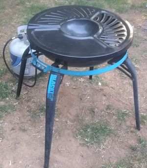 Gas Grill Blacktop 360. Family size camping grill. It needs a ignition switch, but will start by matches. for Sale in Conyers, GA