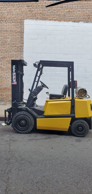 YALE FORKLIFT 5000 LBS for Sale in Queens, NY