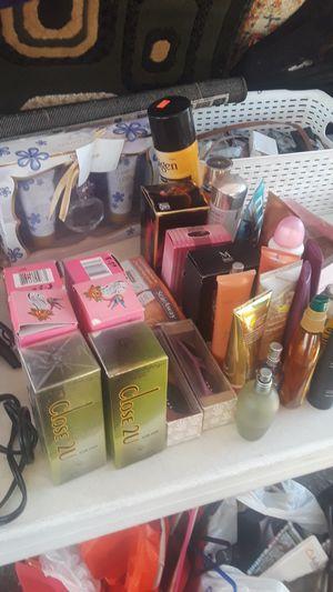 All sale todos de venta perfumes variedad for Sale in San Diego, CA