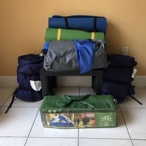 Camping for 4 people with 2 profesional sleeping bags for Sale in Miami, FL