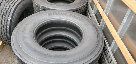 Recap tractor tires. 11r22.5 for Sale in Los Angeles,  CA