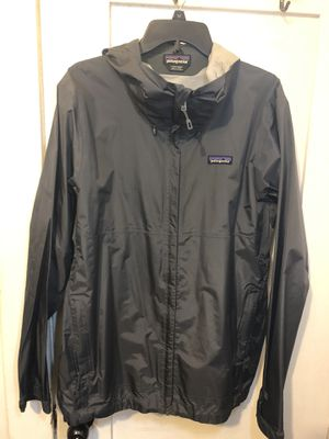 Patagonia windbreaker size L for Sale in Bell Gardens, CA