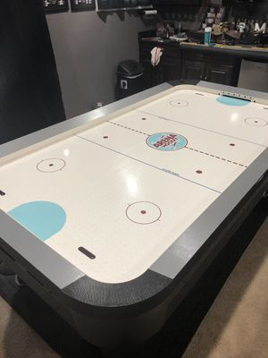 Air hockey table for Sale in Sterling, VA