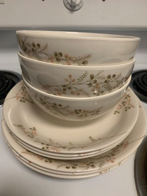 Plates and bowl for Sale in Dublin, CA