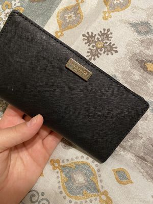 Kate spade wallet for Sale in Atwater, CA