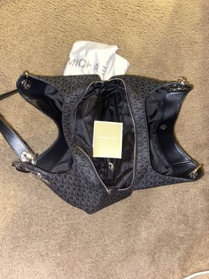 Michael Kors bag for Sale in Molalla, OR